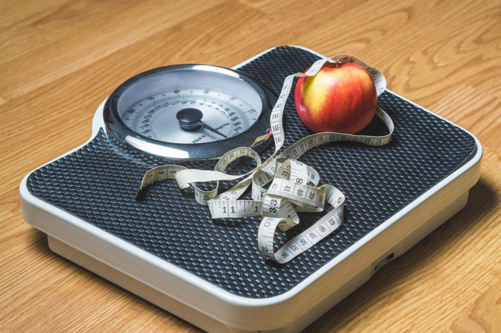 Dimagrire senza soffrire: non badare solo al peso